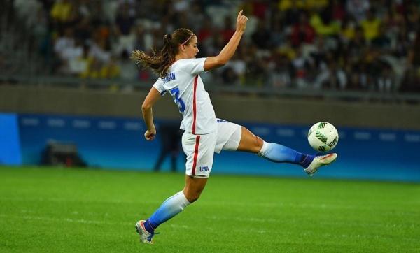 Женский футбол интересные фото